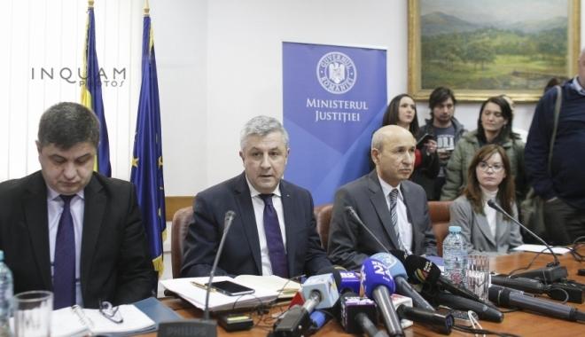Foto: Au început dezbaterile publice privind graţierea