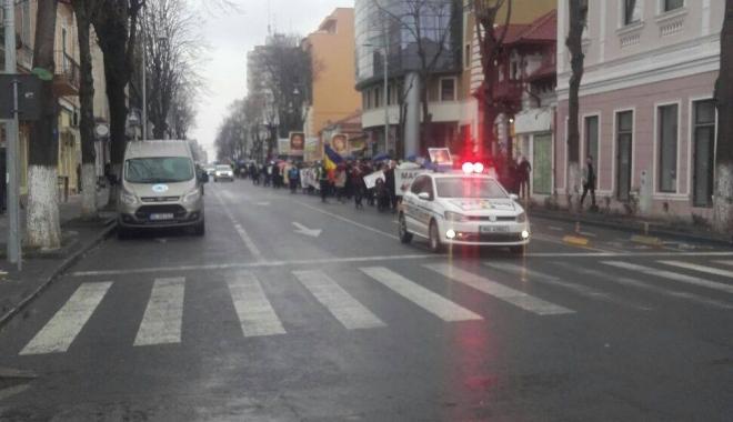 """Foto: GALERIE FOTO. """"Marş pentru Viaţă"""" împotriva avorturilor, la Constanţa"""