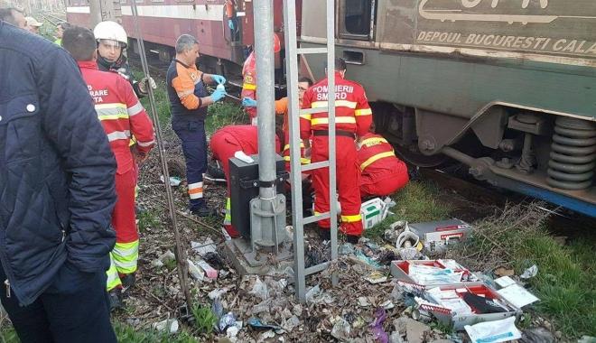 Foto: UPDATE / Se zbate între viaţă şi moarte, după ce a fost prins sub locomotivă, la Constanţa