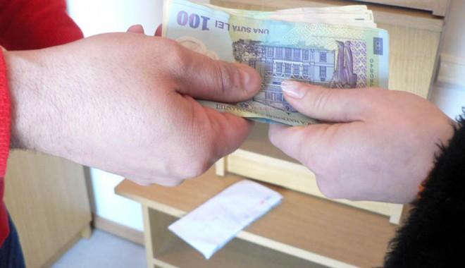 Ce riscă locatarii care nu plătesc fondul de reparații? - 18apriliefond-1334757272.jpg