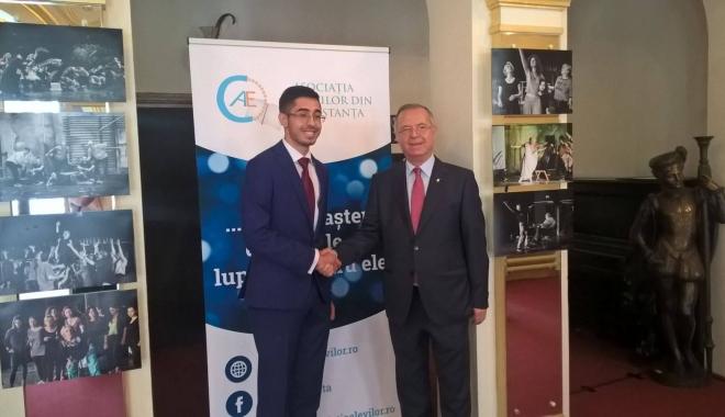 Foto: Ministrul Educaţiei participă la Gala Asociaţiei Elevilor de la Constanţa
