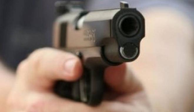 Foto: TRAGEDIE. Un actor a fost împușcat mortal în timp ce filma un videoclip