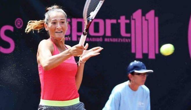 Tenis / Alexandra Dulgheru vs. Alexandra Cadanţu, în sferturi, la Stare Splavy - 19990413150746514927497792059955-1624001717.jpg
