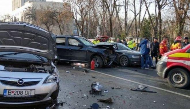 Foto: Şoferul drogat care a provocat intenţionat un accident grav s-a sinucis