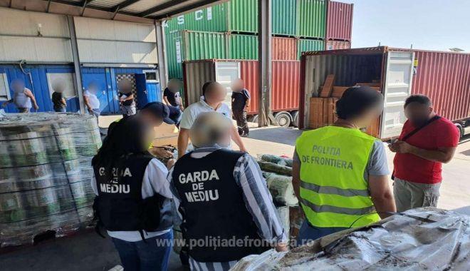 Containere cu DEȘEURI DIN PLASTIC, aduse din Irlanda, oprite în port - 1b23de91db154ba6866d0e7105cedbad-1627467302.jpg