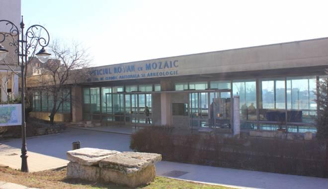 Foto: Jale mare la Edificiul Roman  cu Mozaic!