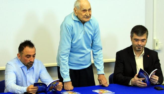 Traian Petcu, a treia lansare de carte. Următorul obiectiv: Muzeul sportului constănţean! - 2-1462724109.jpg