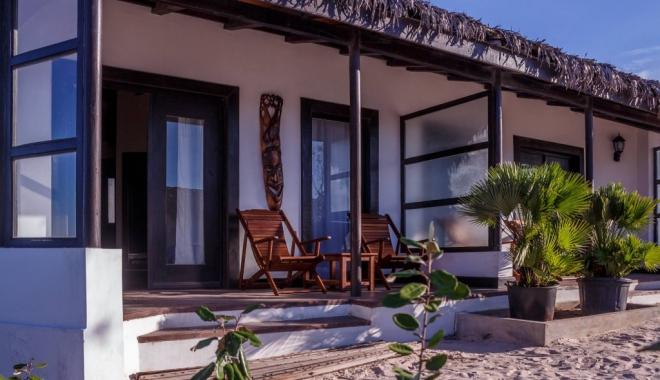 CUM ARATĂ HOTELUL LUI RADU MAZĂRE DIN MADAGASCAR / GALERIE FOTO - 2-1465969187.jpg