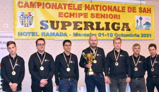 Vados Arad şi CSU ASE Bucureşti s-au impus în Superliga de şah de la Mamaia - 2-1634038201.jpg