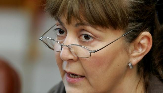 """""""Îi cer premierului să retragă proiectul de lege privind Roşia Montană"""" - 20120913monicaluizamacovei1rsz-1378462271.jpg"""