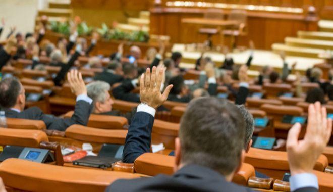 Foto: Cine l-a înlocuit, temporar, pe Dragnea la șefia Camerei Deputaților