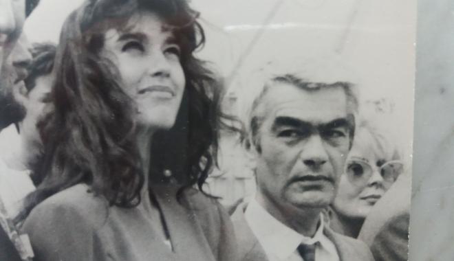 """Foto: Arhiva de Aur """"Cuget Liber"""". Alina Chivulescu, """"filată"""" în portul Constanţa"""