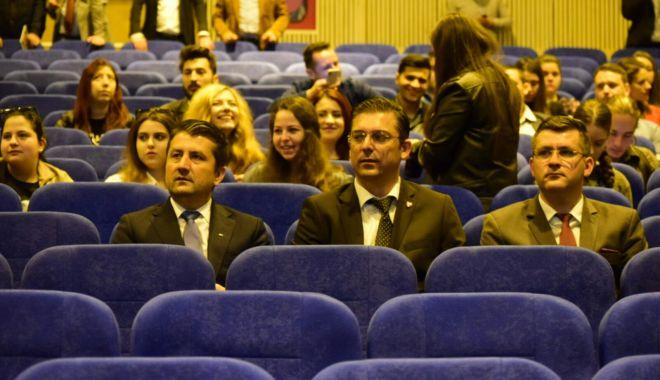 GALERIE FOTO / Centrul Multicultural Jean Constantin a fost inaugurat astăzi, în prezenţa preşedintelui CJC - 20180420photo00000025-1524215729.jpg