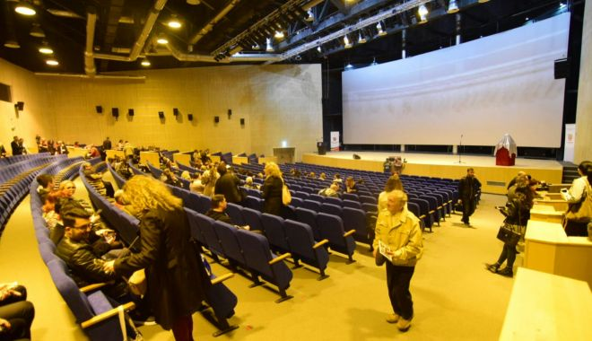 GALERIE FOTO / Centrul Multicultural Jean Constantin a fost inaugurat astăzi, în prezenţa preşedintelui CJC - 20180420photo00000026-1524215738.jpg
