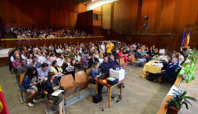 GALERIE FOTO / Directorii de unităţi de învăţământ din Constanţa, şedinţă cu conducerea ISJ - 20180424photo00000175-1524566933.jpg