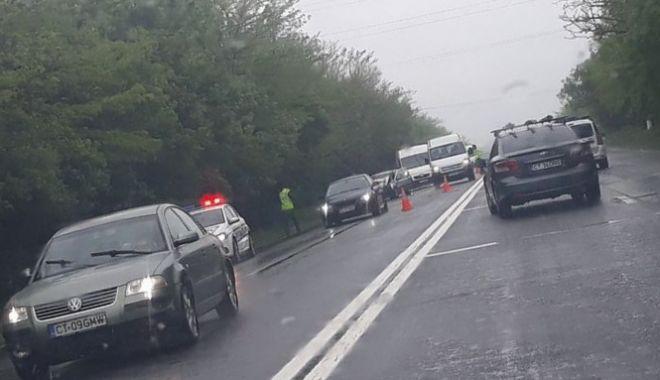 ACCIDENT RUTIER LA COSTINEŞTI! Traficul se desfăşoară cu dificultate