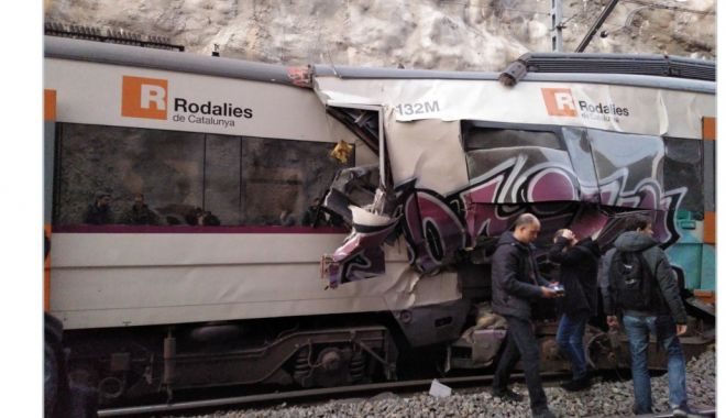 Foto: TRAGEDIE FEROVIARĂ lângă Barcelona. Doi români, implicați