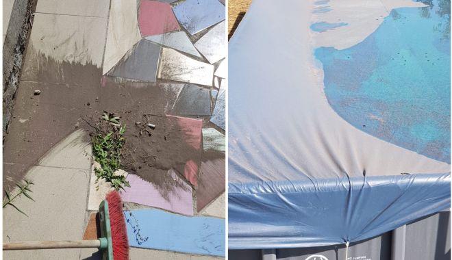 COŞMAR în sudul litoralului! Case, curţi, piscine - acoperite de praf maroniu. Să se sesizeze Agenţia de Mediu!