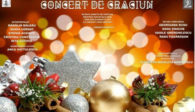 """Foto: Concert de Crăciun la Biblioteca Județeană """"I. N. Roman"""" Constanța"""