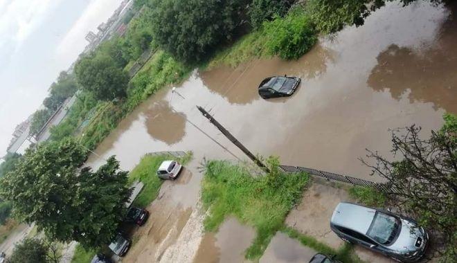 GALERIE FOTO / Imagini cu prăpădul făcut de ciclonul din Marea Neagră în Bulgaria
