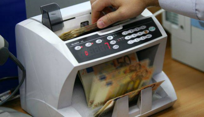 Foto: 20 de bănci  au avut profit  în 2013
