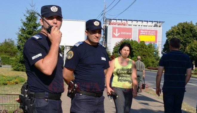 Foto: Elevi constănţeni, în practică la Inspectoratul Judeţean de Jandarmi Constanţa