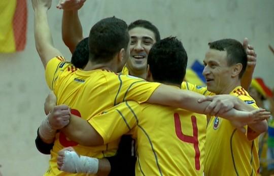 Foto: Naționala de futsal a României a învins formația Sportis Târgoviște