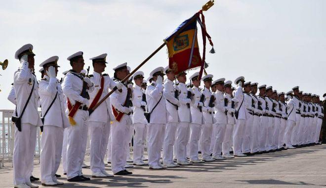 Foto: Marinarii militari, prezenţi la ceremoniile dedicate Zilei de 9 Mai