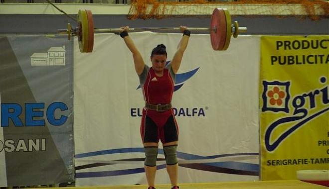 Foto: Haltere: Trei medalii de aur la Europenele de juniori