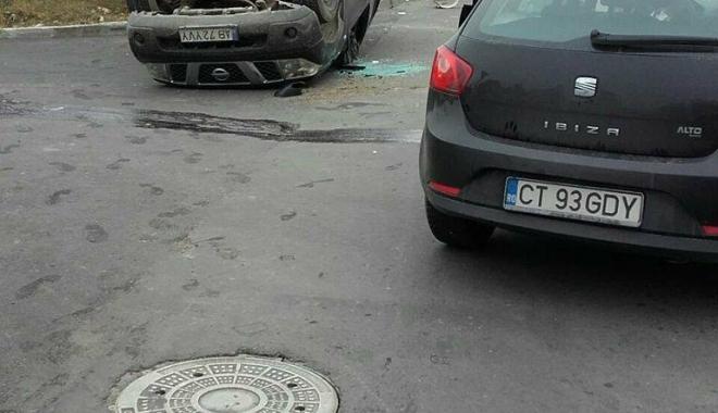 GRAV ACCIDENT RUTIER, la Constanţa. Două victime, după ce o maşină s-a răsturnat - 23514979150788647596475116886437-1510731991.jpg