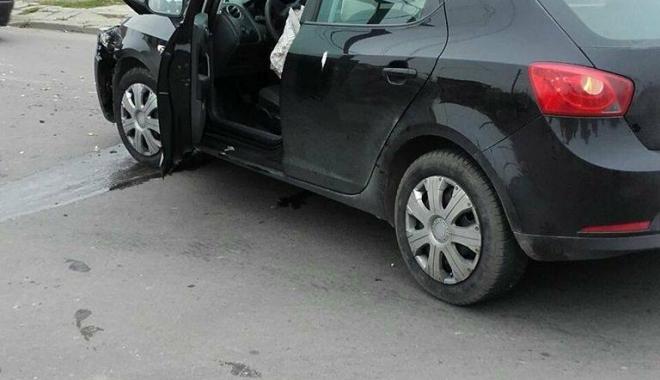GRAV ACCIDENT RUTIER, la Constanţa. Două victime, după ce o maşină s-a răsturnat - 23659909150788647263141813870078-1510732002.jpg