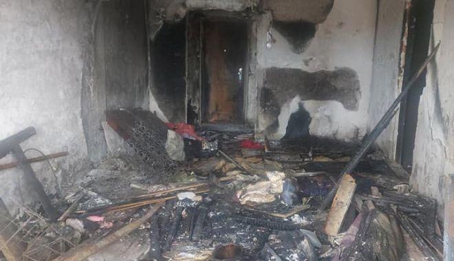 IMAGINI DEZOLANTE din apartamentul femeii care a căzut de la BALCONUL CUPRINS DE FLĂCĂRI! Se caută ajutor pentru RENOVARE! - 23aprajutorapartament11-1619175383.jpg