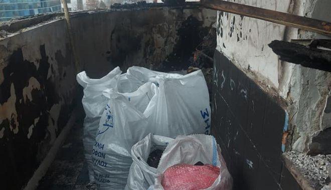 IMAGINI DEZOLANTE din apartamentul femeii care a căzut de la BALCONUL CUPRINS DE FLĂCĂRI! Se caută ajutor pentru RENOVARE! - 23aprajutorapartament5-1619175450.jpg