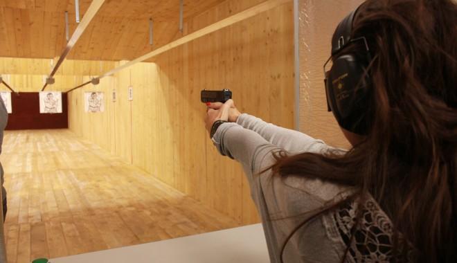 Foto: Cum rămân constănţenii fără arme, timp de doi ani de zile!