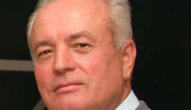 A murit un fost primar din Mangalia. `Drum bun, tati!`