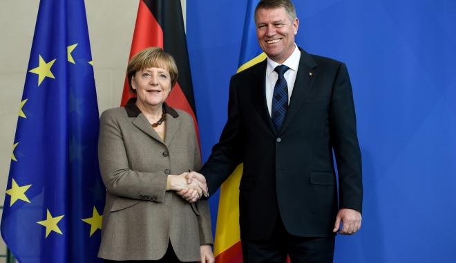 Foto: Klaus Iohannis în vizită de trei zile în Germania. Întâlniri cu preşedintele Frank-Walter Steinmeier şi cu cancelarul Angela Merkel