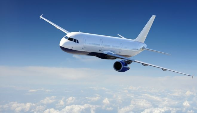 Foto: Reguli mai stricte pentru cei care vor să circule cu avionul spre SUA