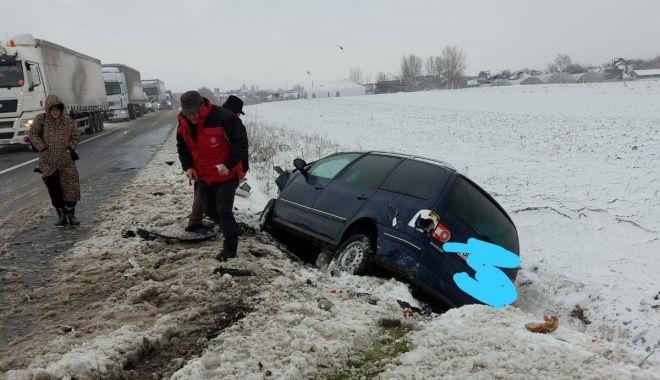 GALERIE FOTO / VIDEO. ACCIDENT GRAV LA HÂRȘOVA: COPIL ÎN COMĂ și trei adulți răniți! - 27accidentcoma3-1611750368.jpg