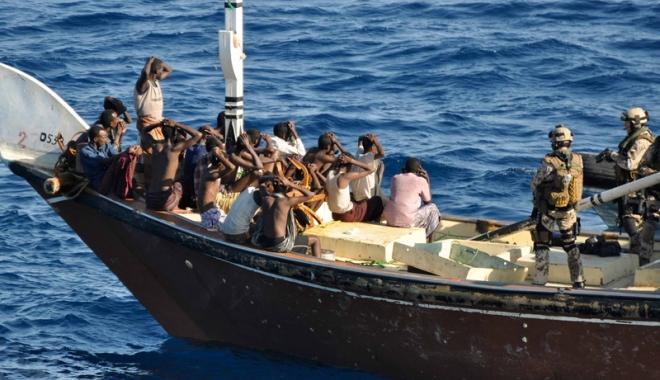 Foto: 27 de piraţi somalezi au fost condamnaţi la şapte ani de închisoare