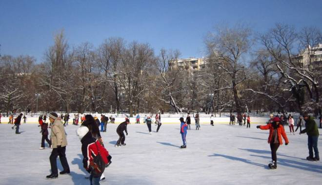 Foto: Pregătiţi patinele! Primăria Constanţa amenajează un patinoar. Iată unde