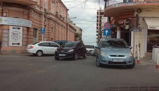 Foto: Atenţie, şoferi! O nouă stradă cu sens unic în centrul Constanţei!