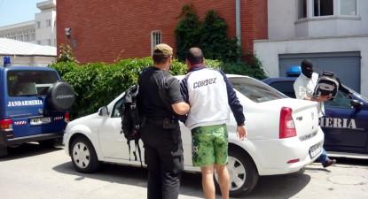 Șase polițiști de la rutieră, suspendați pentru corupție, dau în judecată IPJ și cer daune morale - 2b5f7aa8df23c3ada3cadddbc24ce2a6.jpg