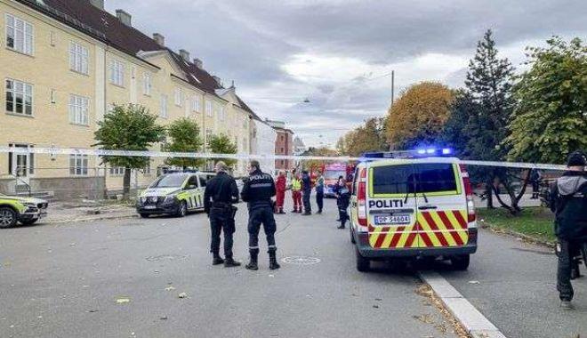 A furat ambulanța și a intrat cu ea în mai mulți trecători. Bărbatul era înarmat - 2blppchppmi16469jpg-1571745951.jpg