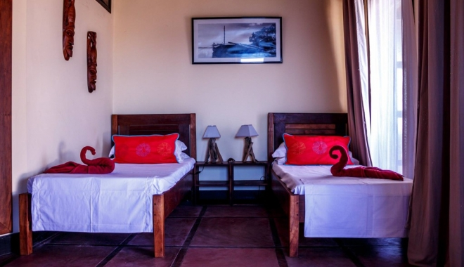 CUM ARATĂ HOTELUL LUI RADU MAZĂRE DIN MADAGASCAR / GALERIE FOTO - 3-1465969151.jpg