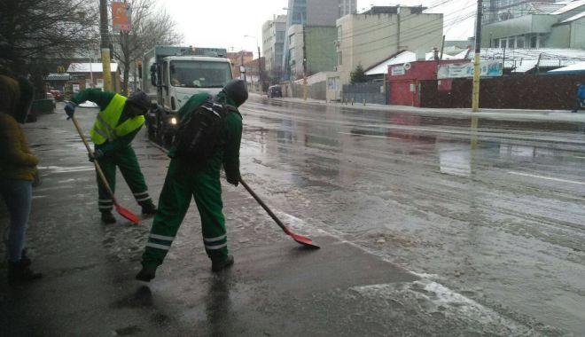 IARNA LA CONSTANŢA / Va continua să ningă! Autorităţile iau măsuri - 3-1518344414.jpg