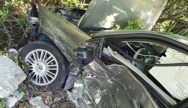 ACCIDENT pe șoseaua spre sudul litoralului! Șoferii au fost răniți - 3-1593168912.jpg