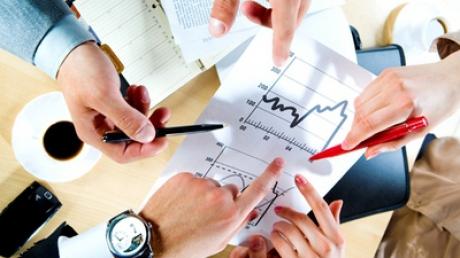 Ratele la credite nu scad  după reducerea dobânzii BNR - 301110333100-1325778311.jpg