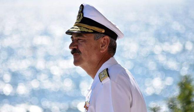 Viceamiralul Alexandru Mîrșu trece, astăzi, în rezervă. Trei generații în slujba Marinei Militare! - 30iuniemirsurezerva-1593503004.jpg