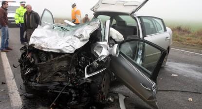 Foto: Accidentele rutiere au înroşit şoselele constănţene