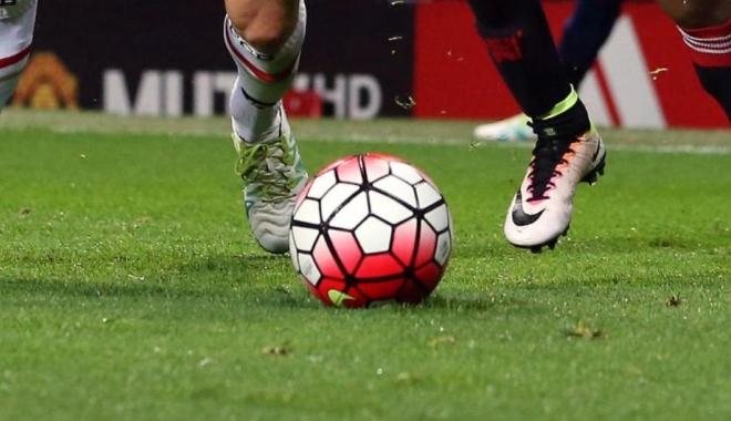 Foto: Fotbalist de Liga 1, în vârstă de 33 de ani, împuşcat în cap chiar pe terenul de antrenament
